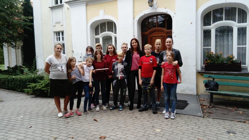 """Akcja Miejskiego Centrum Wolontariatu w Elblągu """"Pierwszy dzwonek"""""""
