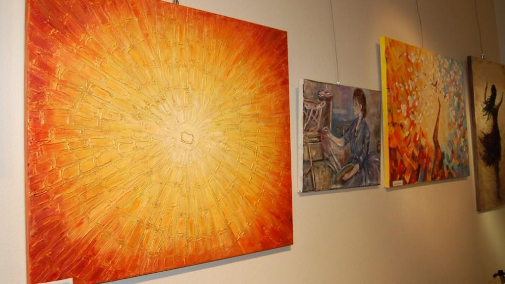 Wystawa prac słuchaczy Uniwersytetu Trzeciego Wieku i Osób Niepełnosprawnych